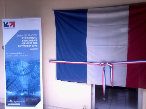 Institut français le bureau export und cornelsen starten